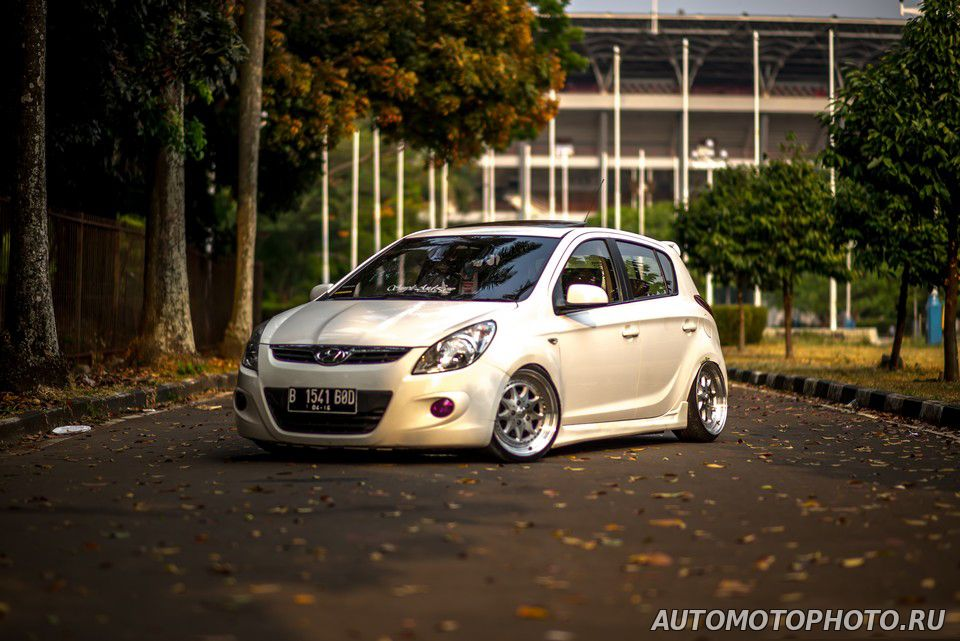 Slammed Hyundai I20 Bagged Photo Pictures